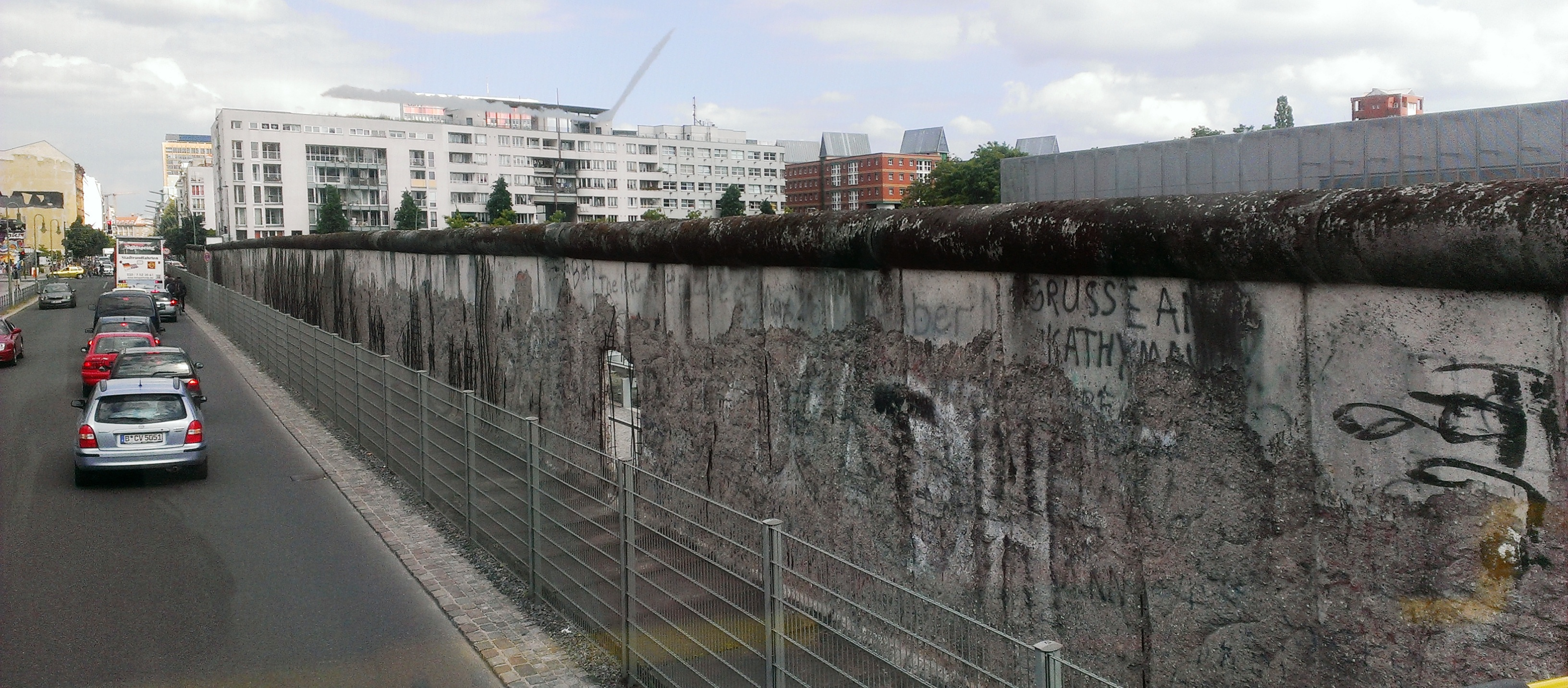 how to go to berlin wall
